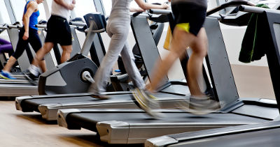 People running treadmills